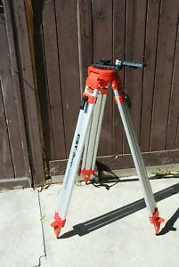 Berger Professional Tripod With Magnetic Camera Laser Level Mount Xlnt Clean