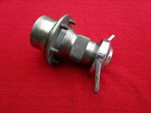 Clean Oem Front Hub Assembly And Eared Hub Nut Wire Wheel 12 Tpi For Mga 1500