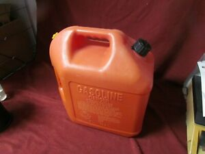 Blitz 5 Gallon Gas Can Store Away Spout Faded