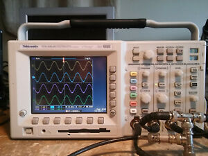248 Hours Tektronix Tds3054b 500 Mhz 5gs s 4ch Dso Tds3fft Tds3trg