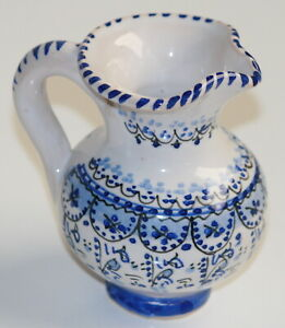 Deruta Pottery Made in Italy Dressing Sauce Pouring Pitcher Blue amp; White 3.5quot;