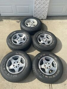 Jeep Wrangler Tj Factory Oem Wheels And Tires 15x8 30 Inch Tires