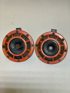 Hella Supertone Horns Universal Fitment Red Pair