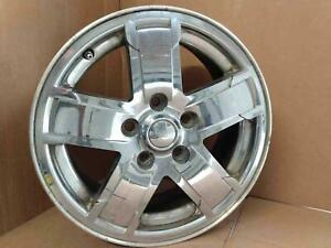 2005 06 07 Jeep Grand Cherokee Limited 17 Inch Aluminum Chrome Covered Wheel