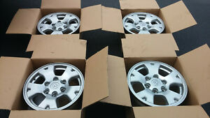 4 Toyota Tacoma Rims 16 Oem Also Fit Other Vehiclesw Lug Nuts