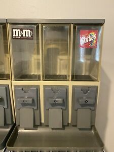 Vendstar 3000 Vending Machine With Locks And Keys Set Of 10 Candy Machines