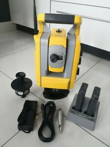 Trimble S3 2 Robotic Total Station With 360 Prism And Accessories Great Shape