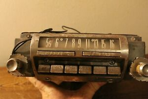 Old Ford town Country Tube Type Am Radio Number 6bh 013111