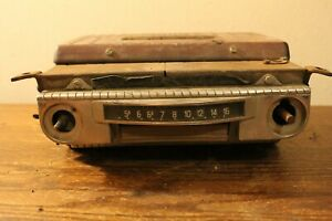 Old Ford Am Tube Type Radio Number Z623432