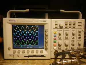 Tektronix Tds3034b Or Tds3054b 300 500 Mhz 2 5 5gs s 4ch Dso Fft Trg