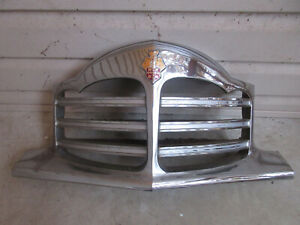 1948 Packard Grille And Emblem