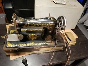 Antique 1910 G Series Singer Sewing Machine Model 15 Motor Light Attachments