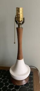 Vintage Mcm Mid Century Danish Modern Textured Ceramic Teak Wood Table Lamp