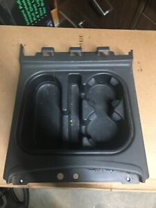 2003 2006 Chevy Tahoe Silverado Avalanche Suburban Sierra Console Cup Holder Oem