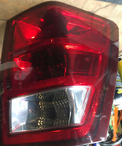Tail Light Jeep Grand Cherokee Passenger Right With Bulbs 2005 2006 2007