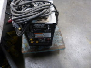Memco Ac dc 225 575v 19a 60 Hz 1ph Arc Welder Used
