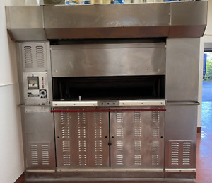 Baxter 18 2 Natural Gas Revolving Tray Oven Series M553