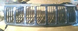 2005 07 Jeep Grand Cherokee Front Grille Panel Oem Chrome Loc 126sw