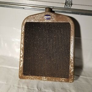 Oakland Radiator Core And Shell With Original Badge