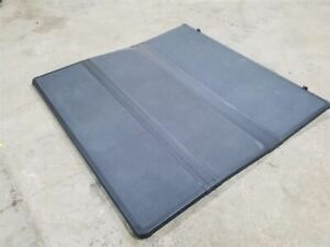 Extang Solid Fold 2 0 Tonneau Cover 5 Ft Bed Crew Cab Fits 15 16 17 Colorado