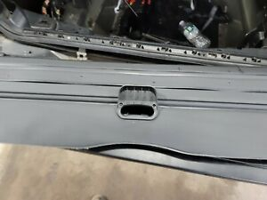 2004 2010 Bmw X5 Rear Cargo Cover Security Screen Shade Oem