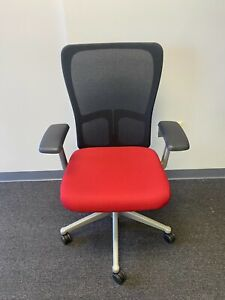 Haworth Zody Standard Office Chair Basic Features Very Good Condition Red Sea
