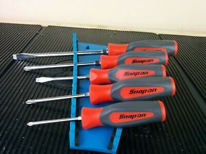 aj695 New 2020 Snap On 5 Piece Red Hard Handles Screwdriver Set