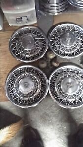 Oem 15 Wire Type Hub Caps Wheel Covers 1617750 1617758 1979 80 Cadillac