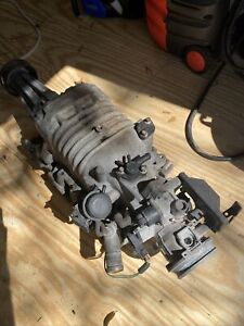 V6 Buick Supercharger With Intake Manifold And Throttle Body