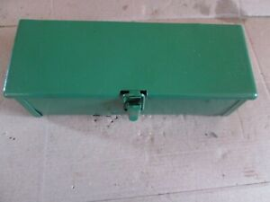 Oliver Tractor 1550 1650 1750 1755 1800 1850 1855 1955 2255 Tool Box