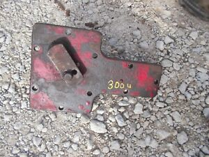 International 300 Utility Ih Tractor Original Transmission Bottom Cover Panel W