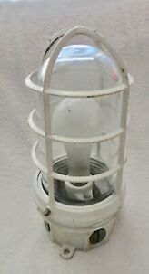 Vtg Hubbell Explosion Proof Industrial Light Fixture Ao Series