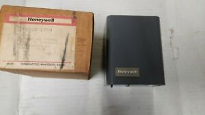 Honeywell R882a 1009 Relay 2 wire 24volt Control