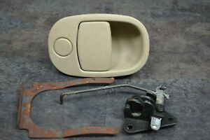 05 09 Chevy Equinox Replacement Tan Glove Box Latch Handle Oem