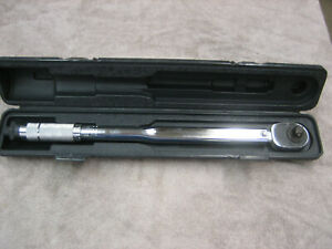 Ampro 1 2 Drive Adjustable Torque Wrench With Case 10 150 Ft Lbs T39913