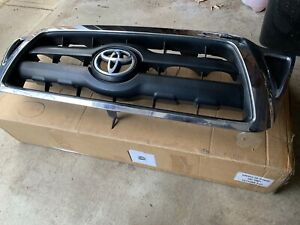 2005 2006 2007 2008 2009 2010 Toyota Tacoma Front Grill Oem