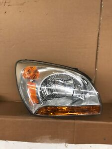 05 08 Kia Sportage Front Right Passenger Side Headlight 2005 2006 2007 2008