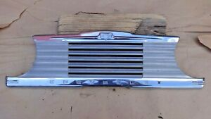 1947 1948 Chevy Center Dash Trim Radio Speaker Grille Cover Original Gm