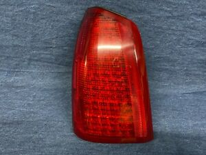 2000 2001 2002 2003 2004 2005 Cadillac Deville Left Side Tail Light Lamp