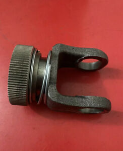John Deere Yoke With Locking Collar Am37181 655 755 756 855 856 955