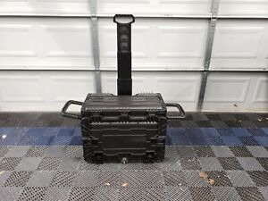 ak983 Snap On All weather Mobile Tool Chest No Foam