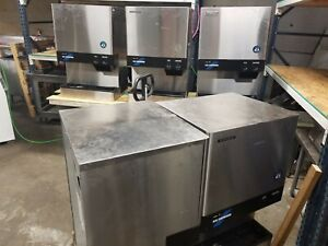Hoshizaki Dcm 500bah Ice Maker Air cooled Ice And Water Dispenser Used