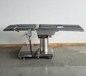Skytron 6002 Surgical Operating Room Table W Hand Control