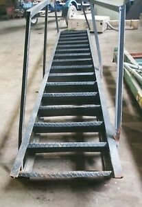 16 Step Steel Vertical Wall Or Manufacturing Mount Ladder