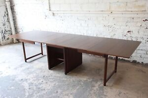 Large Edward Wormley For Dunbar Mahogany Extension Dining Table