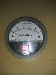 Dwyer Magnehelic 2005c Pressure Gauge Max 15 Psi 0 5 Inches Of Water