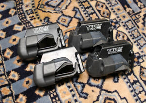 Set Of 4 Thule 1054 415 Rail Foot Pack Towers Complete