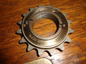 Vintage quot;The Bestquot; Single Speed 16 Tooth Freewheel 1 2quot; x 1 8quot; Made in France $28.00