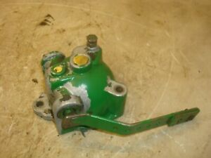 Oliver 1800 Gas Tractor Governor Housing