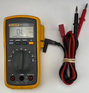 Fluke Model 111 Multi meter With Protective Carry Case Leads Used Tested Works
